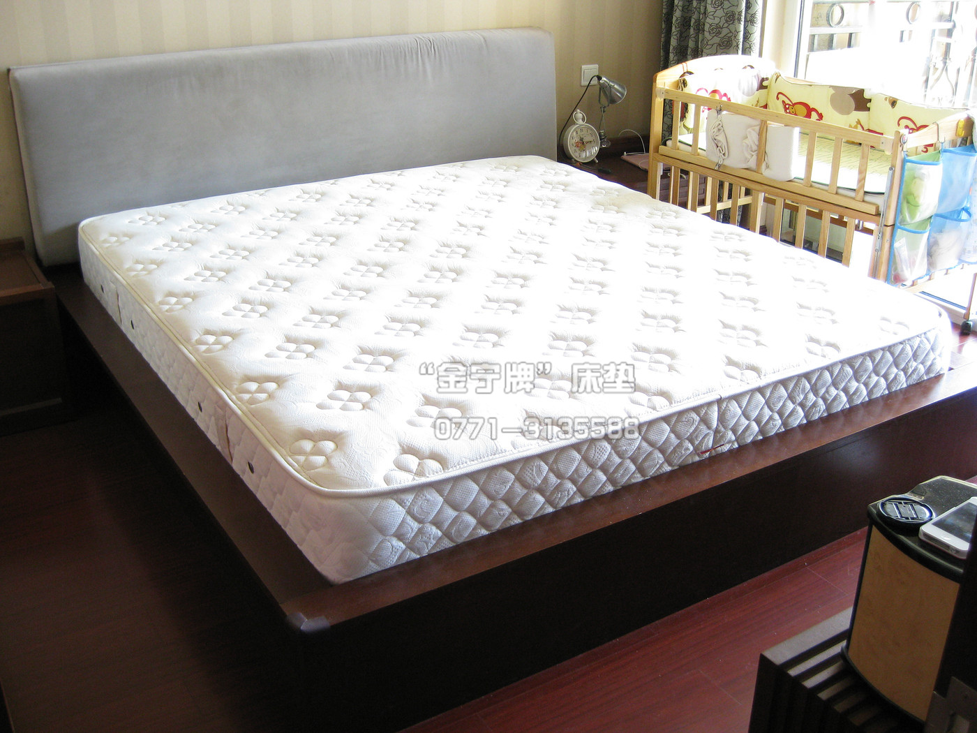 床垫上还要垫被褥吗?