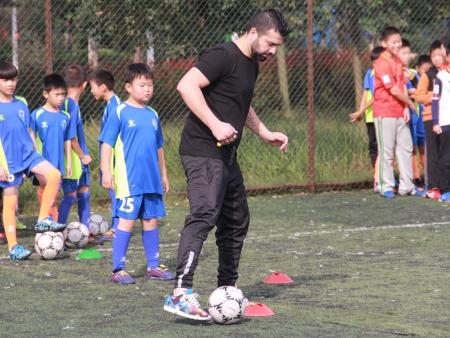 公益足球|南阳足协李宁体育园足球青训营第一期