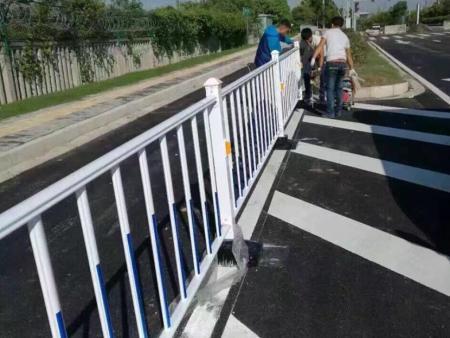 防城港市政护栏施工