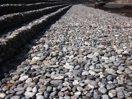 防城港白浪滩石笼网工程