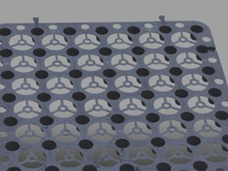 穿孔式排水板