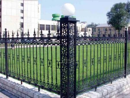 铸铁护栏的使用优势