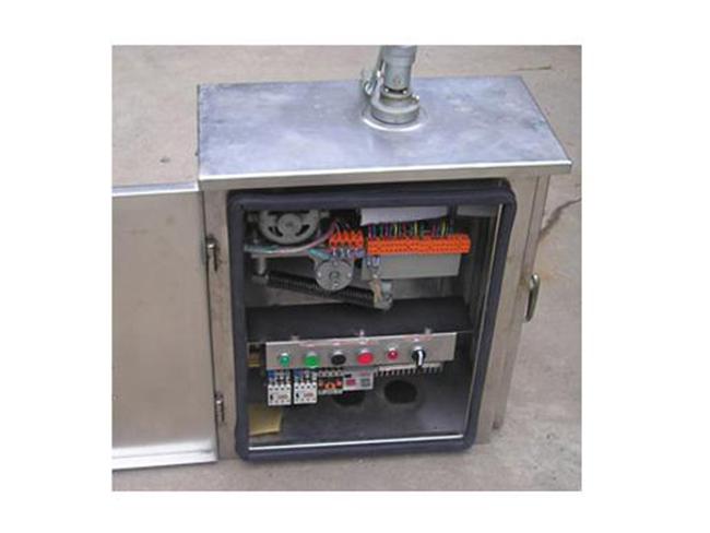 CX-1型电动机操作机构