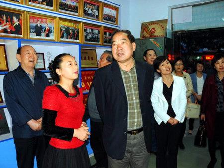 河南省原副省长、省慈善总会会长李志斌到协会视察