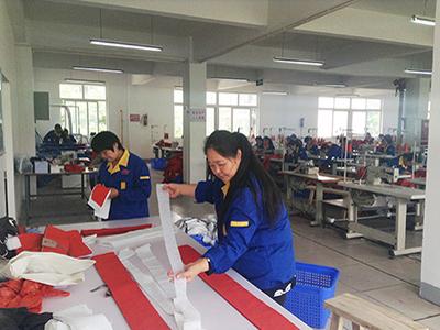 成都安全帽生产厂家_四川安全帽批发价格-金虎和美劳保用品有限公司