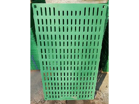 哪个季节适合能使用复合漏粪板?