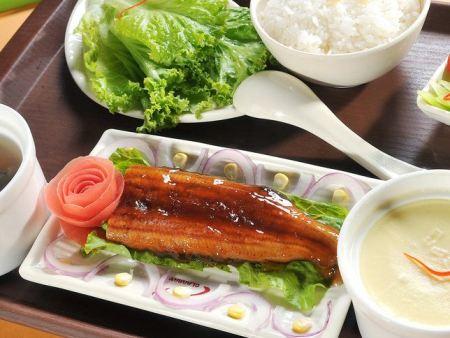 上海食堂承包