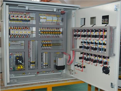 風冷控制柜3.png