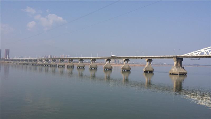 福州洪塘大桥加固.jpg