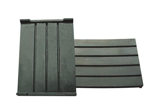 轨枕橡胶垫板