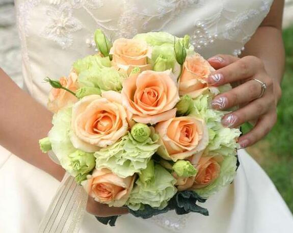 婚礼新娘手花
