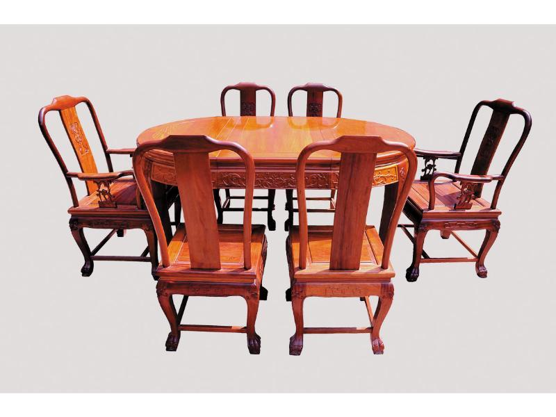 餐桌 (2).jpg