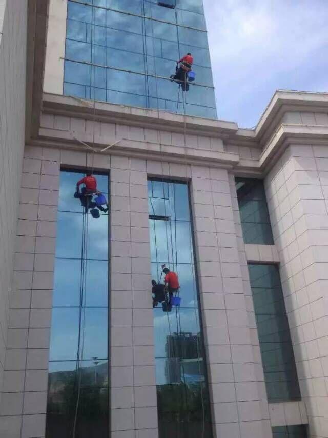 外墙玻璃千亿国际娱乐网站.jpg