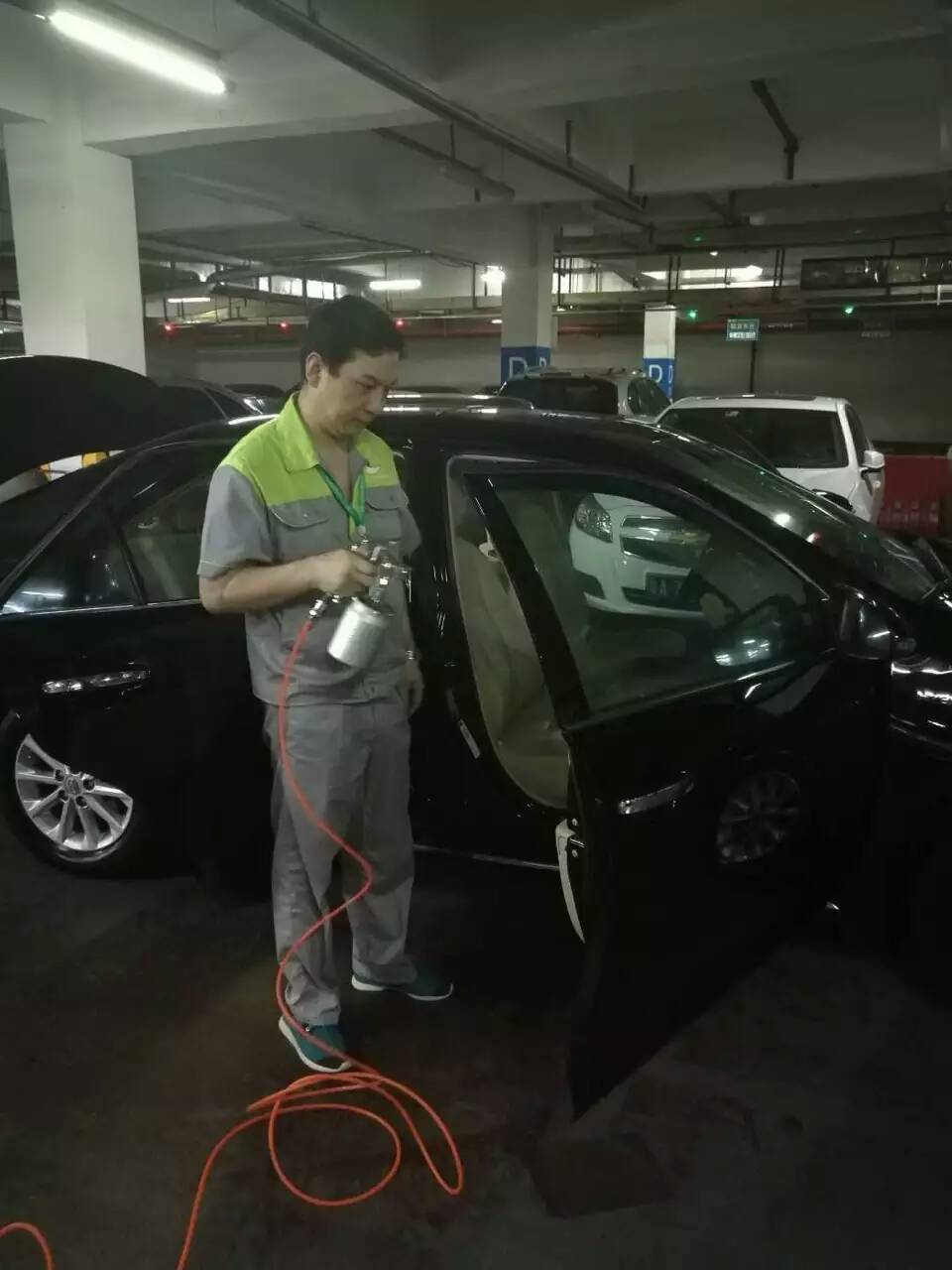 夏天来了汽车除甲醛刻不容缓|解决方案-武汉小小叶子环保科技有限公司