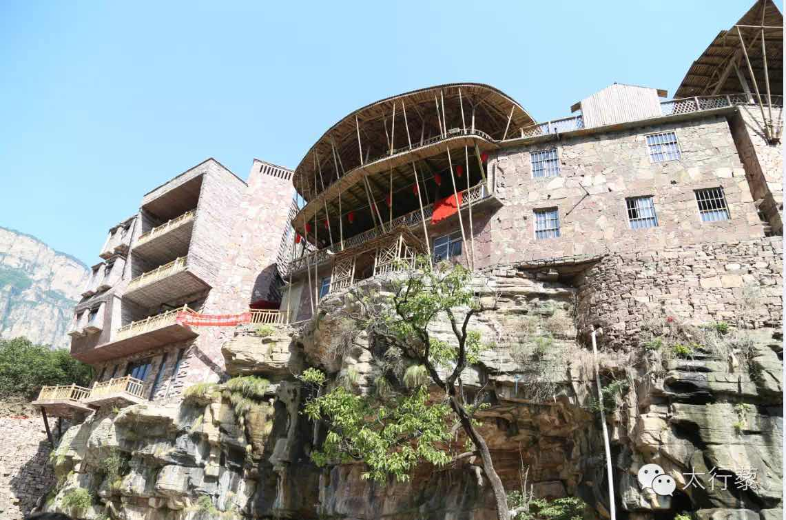 农家宾馆——石板岩上的石屋,林州的一大特色