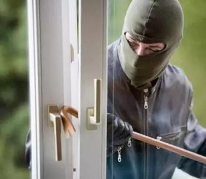 頂吉無孔智能鎖專家提醒,竊賊一般通過這三種方式入室盜竊。 行業新聞-西安朗通科技發展有限公司