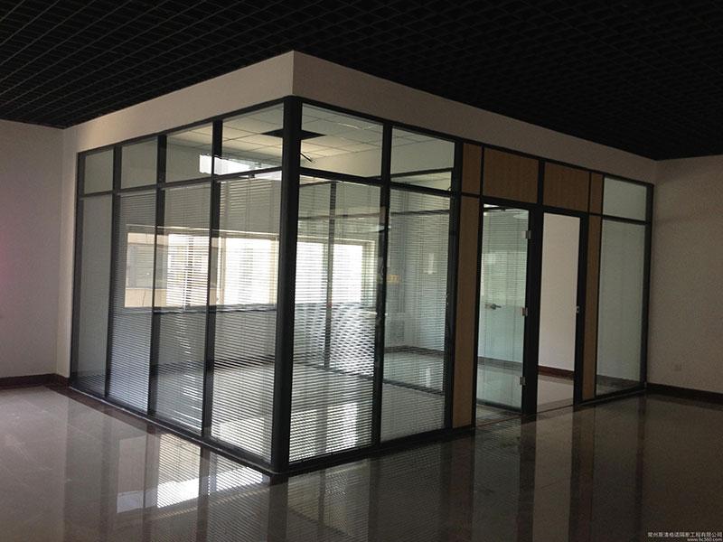 玻璃隔断1.JPG