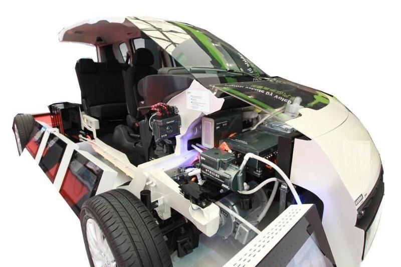 9.电动汽车整车解剖模型.jpg
