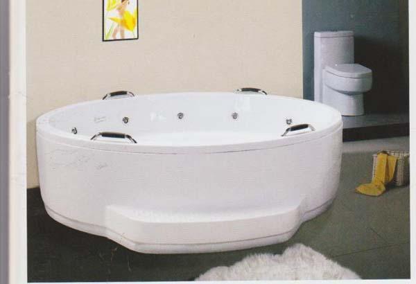 十人按摩浴缸2.jpg