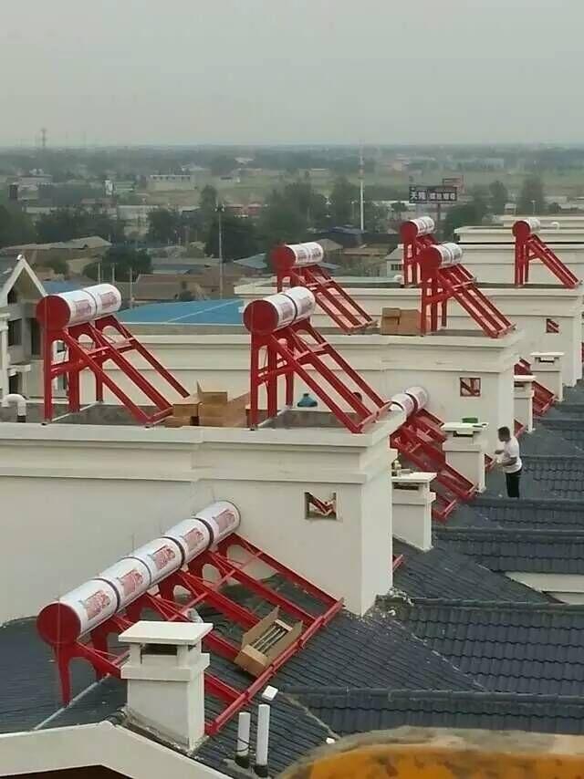 嘉烨豪庭220台单机太阳能2.jpg