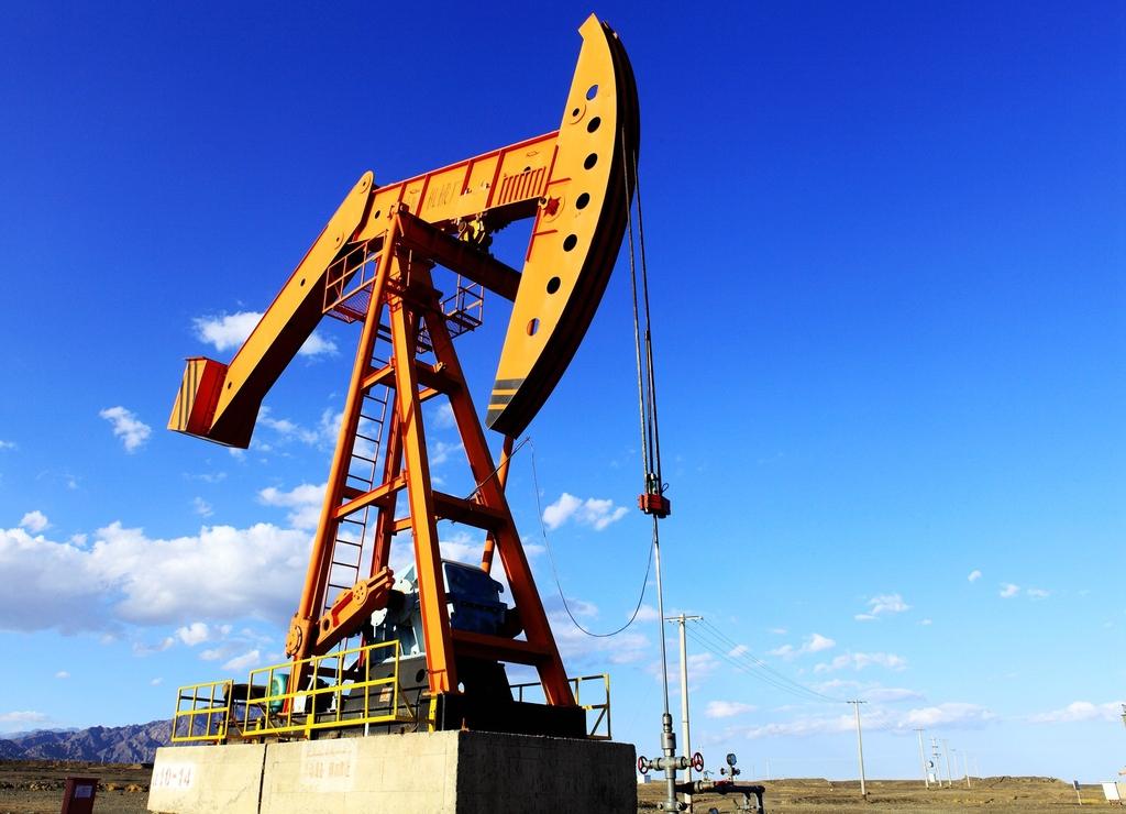图片5 油田设备.jpg