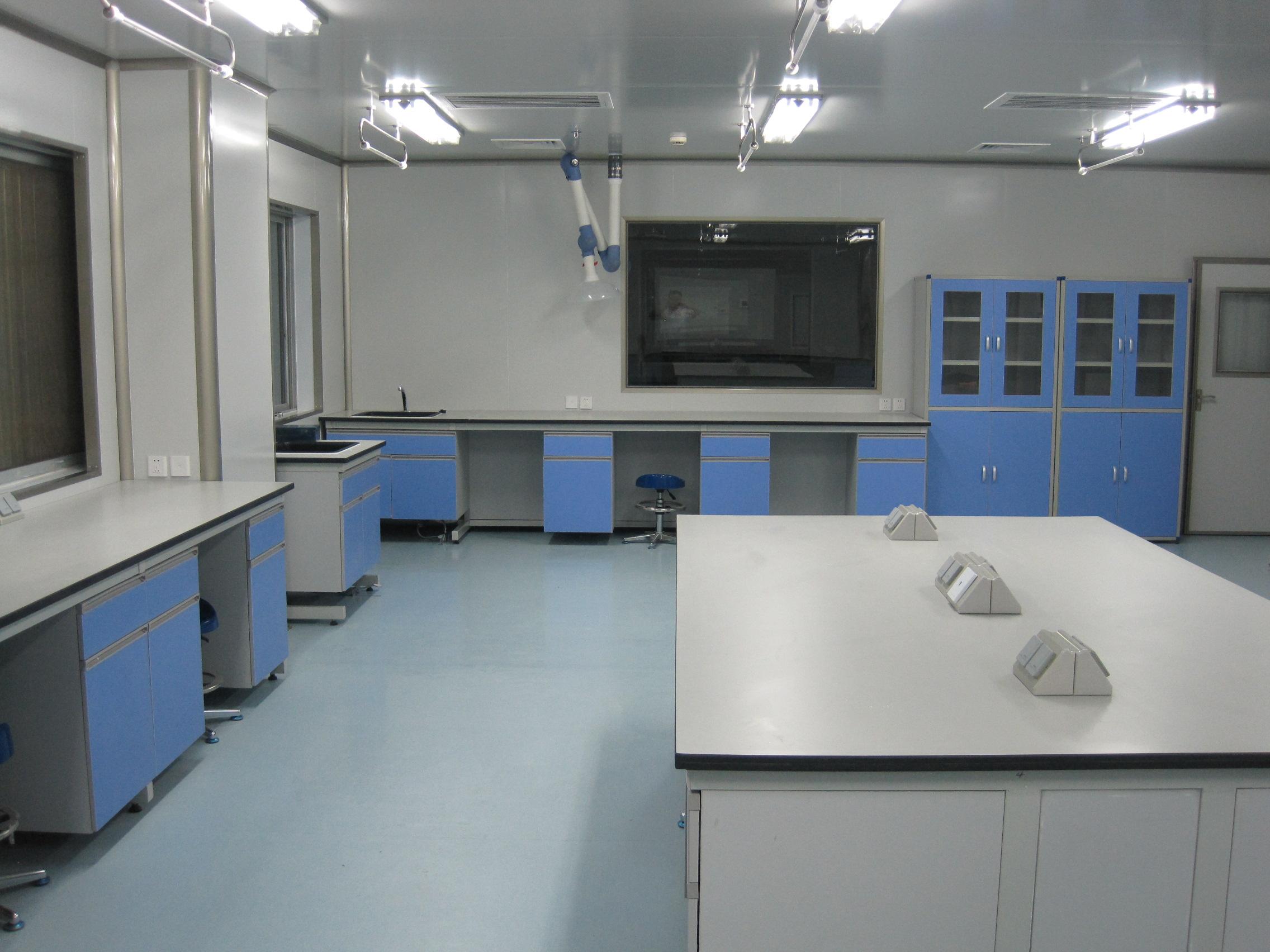 檢驗科生化室.jpg