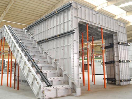 安裝樓梯.jpg