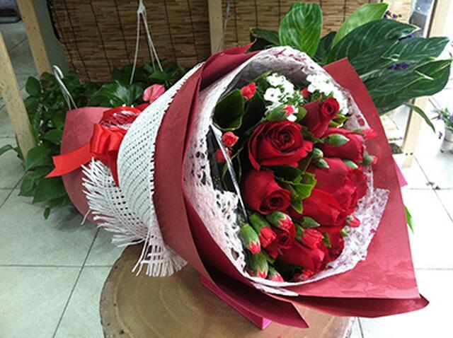11枝紅玫瑰A.jpg