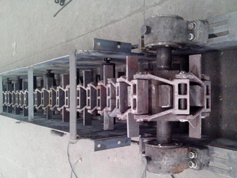專業鍋爐除渣機.jpg