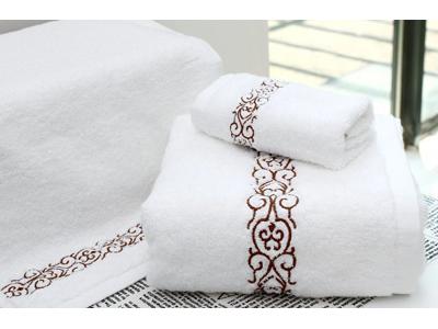hotel towel (7).jpg