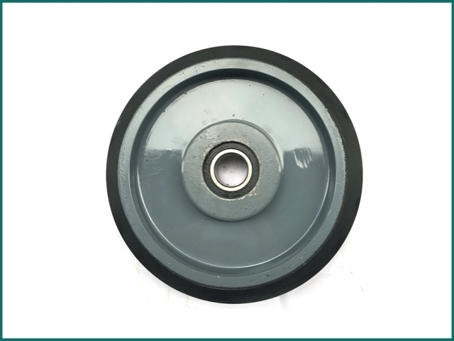 互生网站产 HITACHI Elevator Roller Guide Shoes , elevator wheel roller.jpg