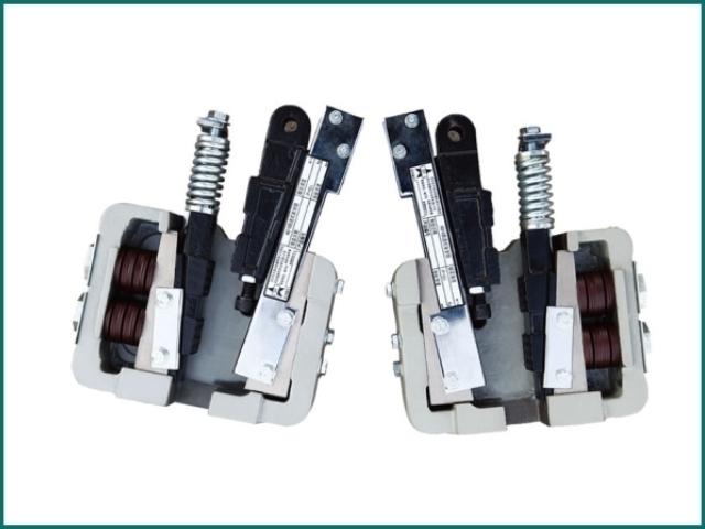 互生网站产 safety gear for elevator suppliers , elevator parts safety gear.jpg