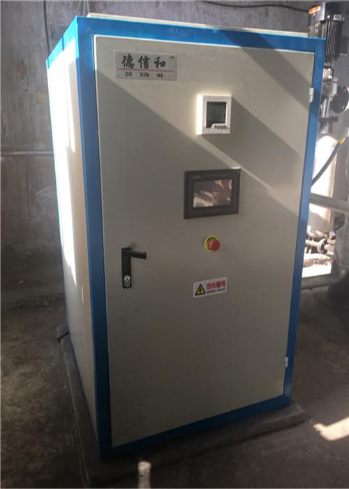 全智能電熱水鍋爐3.JPG