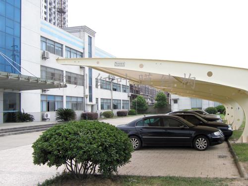常州中英科技有限公司停车棚完工.jpg
