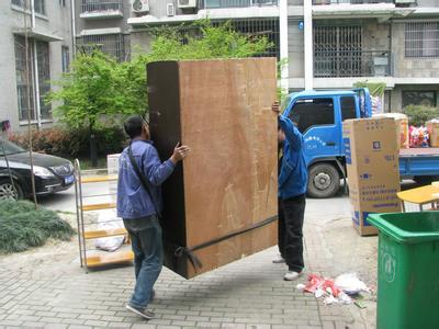 重庆搬家公司告诉你大玻璃镜子钢化玻璃怎么搬