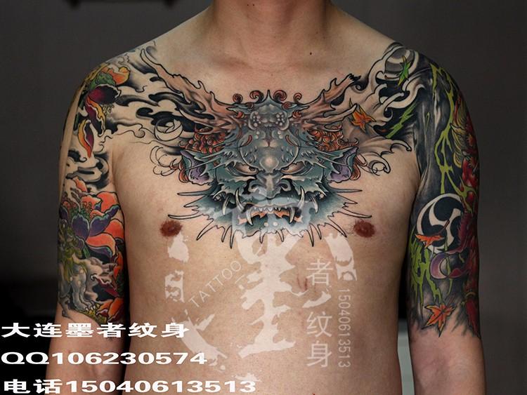 大连墨者纹身 花胸15485.jpg
