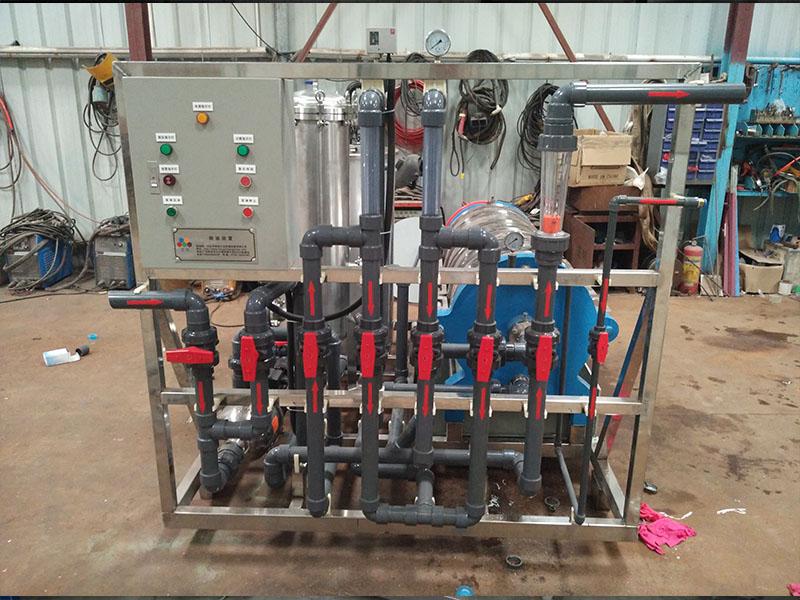 硅藻土除油装置|电泳设备-四会市宏创工业机械设备有限公司