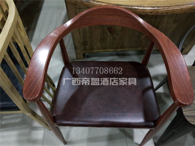茶餐厅椅子