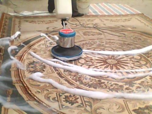 办公室的地毯多久清理一次
