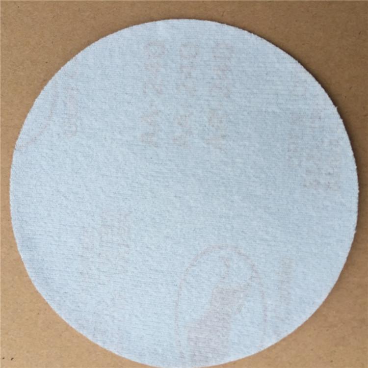 百人牛牛作弊器:植绒砂纸片 金牛圆盘砂-东莞市三砂磨具磨料有限公司