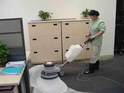 重庆清洁公司:地毯清洗费用服务流程标准/方案/收费