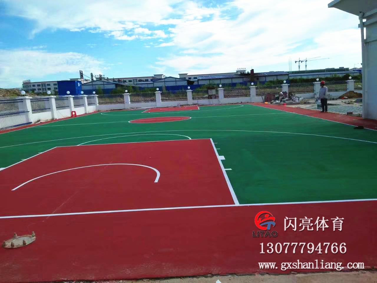 钦州中马产业园丙烯酸篮球场|最新案例-广西闪亮体育用品有限公司
