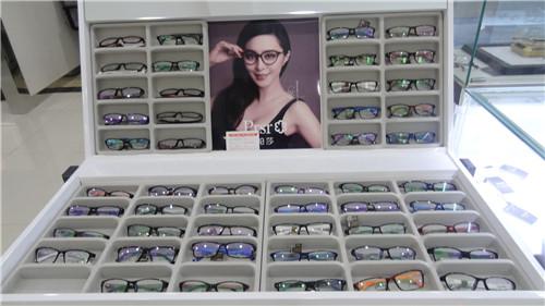 保视佳眼镜40.jpg