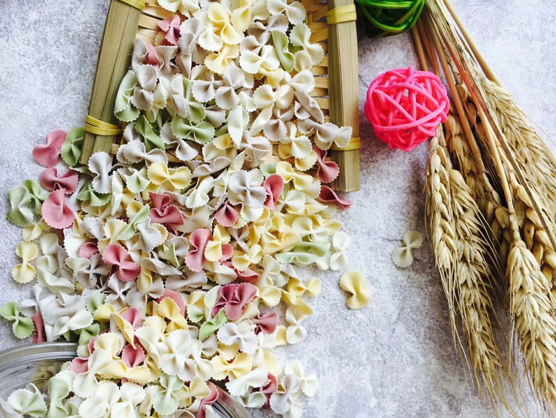 蝴蝶面-混合味150g 果蔬面-德州福诺食品有限公司