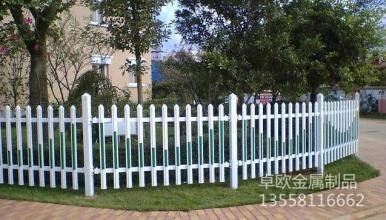 草坪護欄網|圍欄網系列-廣西卓歐金屬制品有限公司