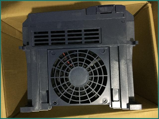 互生网站产 FUJI elevator inverter FRN15LM1S-4AA elevator drive inverter...........jpg