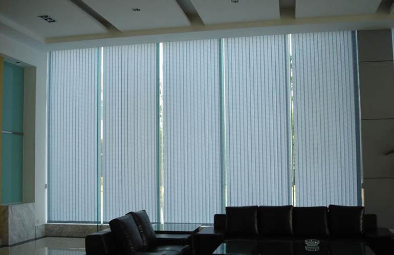 百叶纤维垂直帘|垂直帘系列-上海满飞智能窗饰有限公司