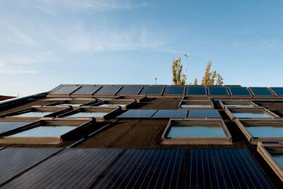 歐式太陽能動力窗.jpg