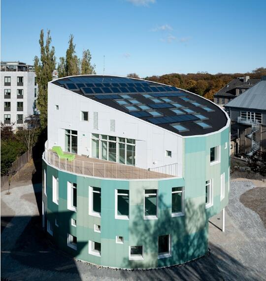 歐式太陽能動力窗2.jpg