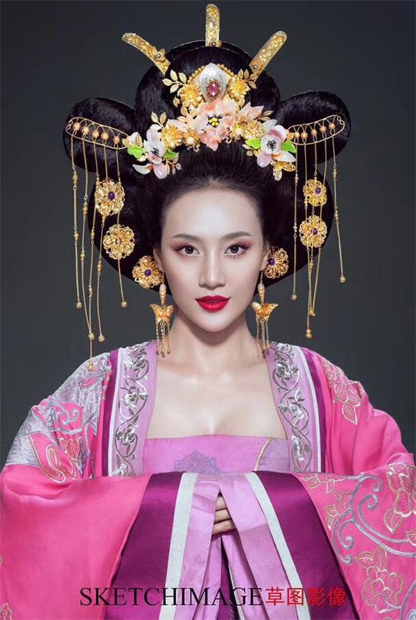 化妆培训电话  18336371491|化妆培训-郑州伊思美尔教育咨询有限公司